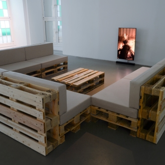 Cevdet Erek, Winter Ausstellung - Kis Sergisi, 2016, Kasseler Kunstverein. Photo by Nils Klinger02