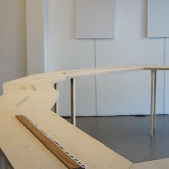 Cevdet Erek, Rulers and Rhythm Studies. Lydgalleriet, Bergen. Foto Jiska Huizing