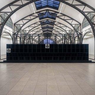 Cevdet Erek, Bergama Stereo, Hamburger Bahnhof, 2019 Photograph by Matthias Voelzke